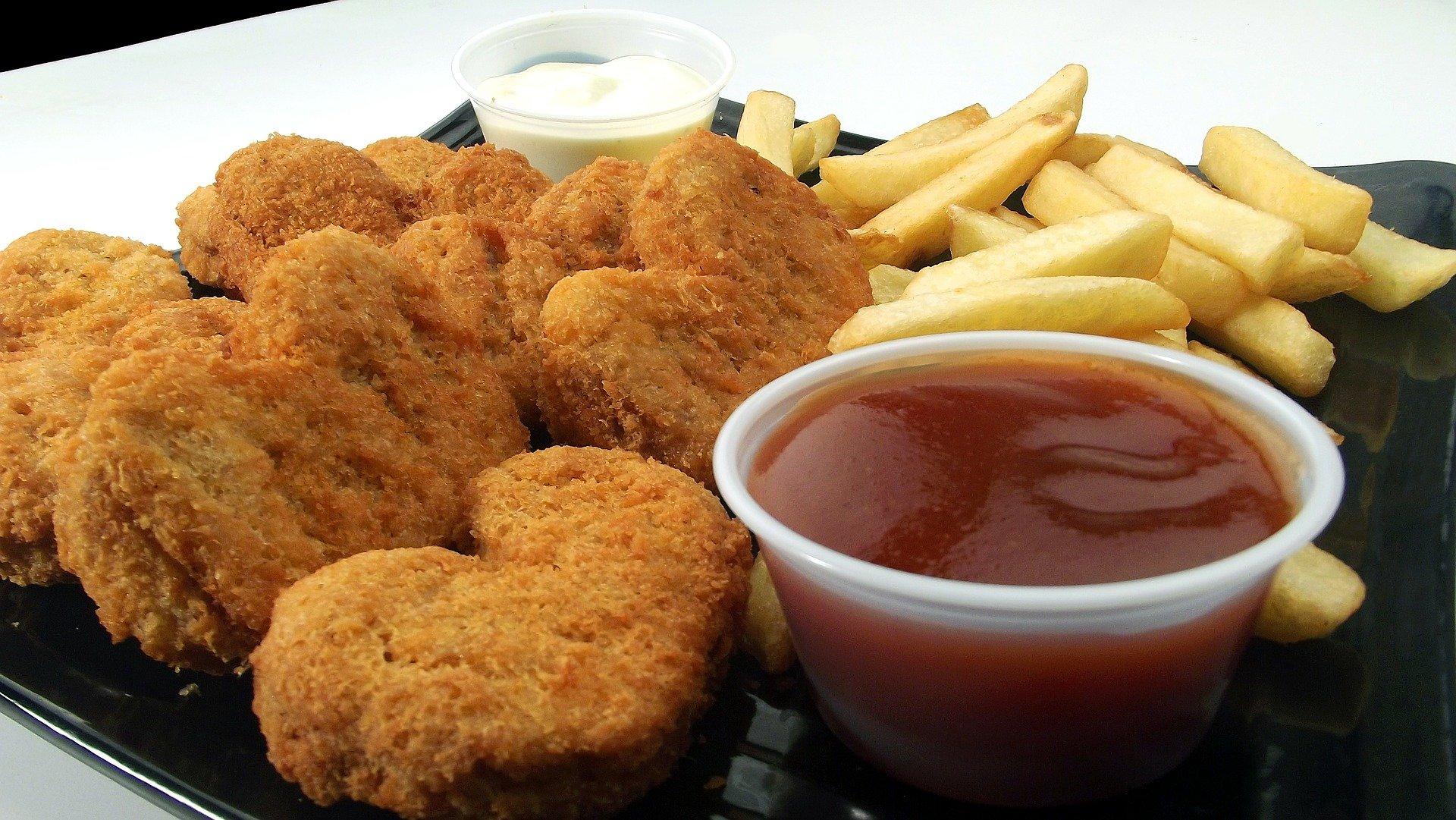 chicken-nuggets-246180_1920
